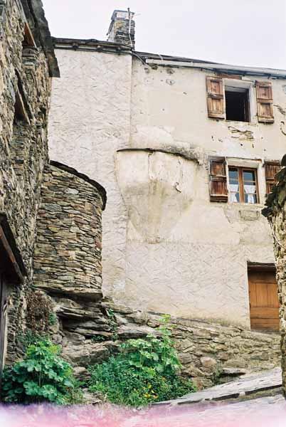 Walls and Windows 148