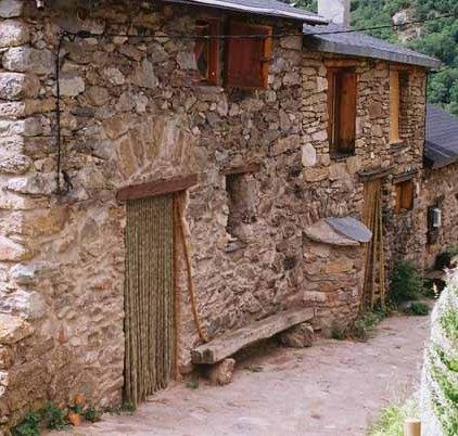Walls and Windows 149