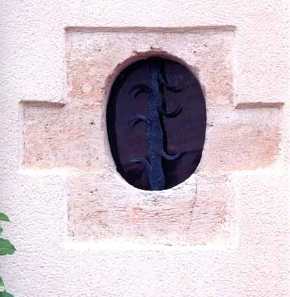 Walls and Windows 152