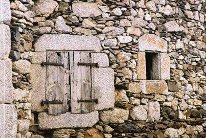 Walls and Windows 165