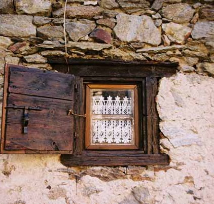 Walls and Windows 166