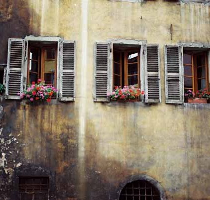 Walls and Windows 224