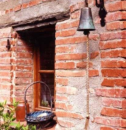 Walls and Windows 236